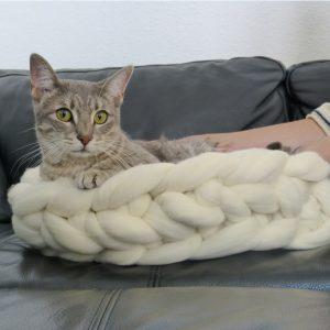 Panier-en-grosse-laine-blanche-5